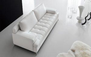 Come pulire il divano - Pulire divano in pelle da inchiostro ...
